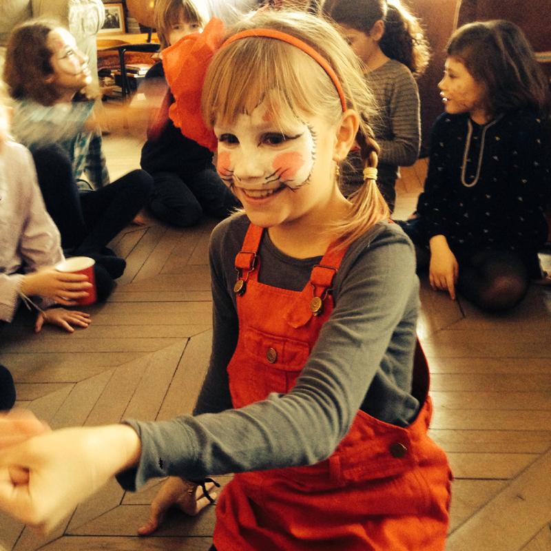 """<img src=""""http://blog.bonton.fr/wp-content/uploads/2014/02/photoHappy Bonton - Animation d'anniversaire"""